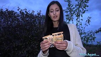 18-летняя ирина впервые дрюкается в анал